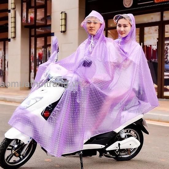 Cửa hàng bán áo mưa hai đầu